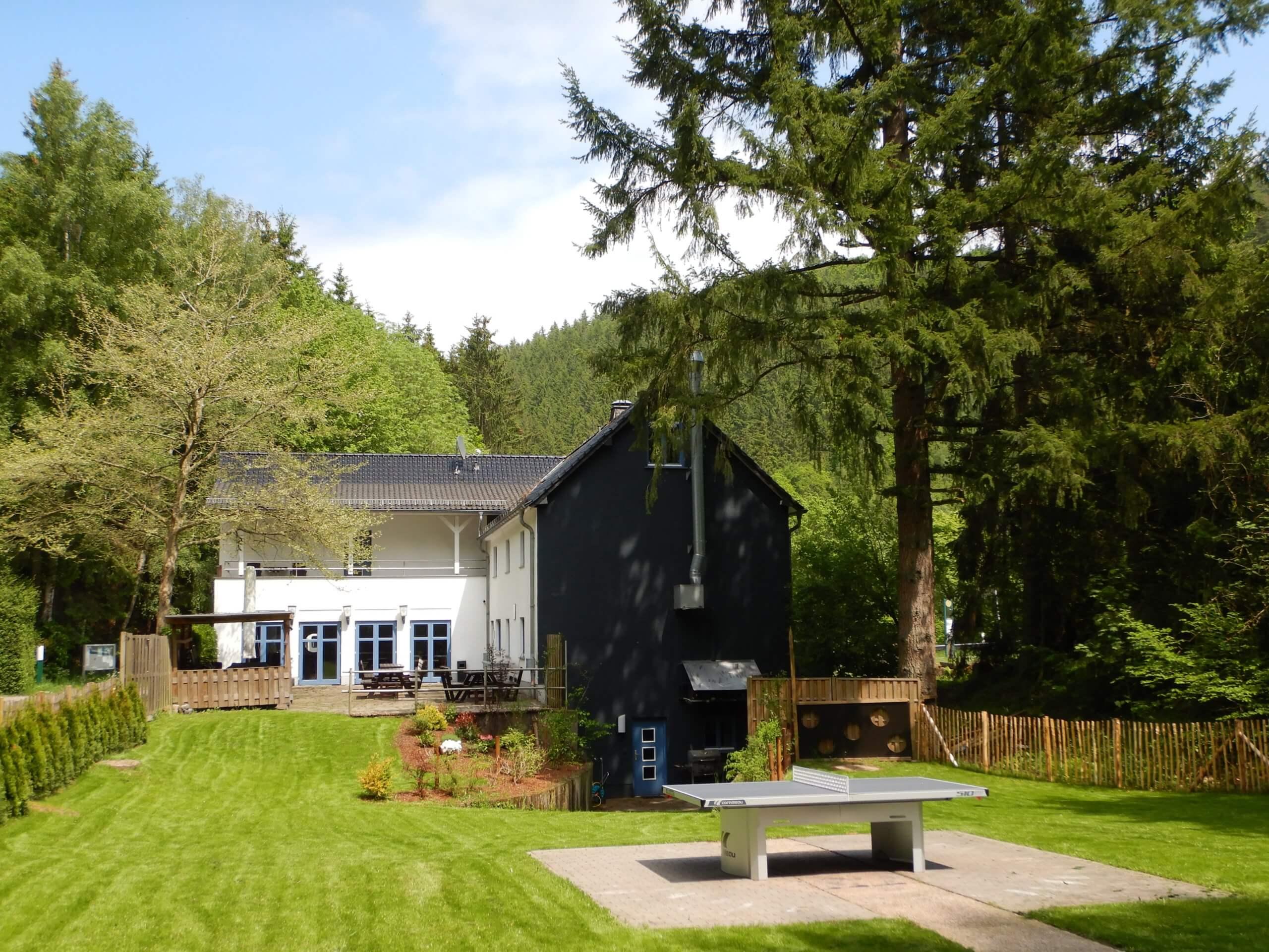 GF Rescheid - Gartenseite 1.JPG